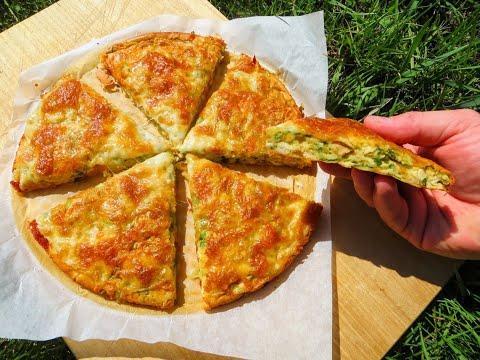 Очень просто! Готов мгновенно с большим количеством зеленого лука / Заливной пирог с мясом