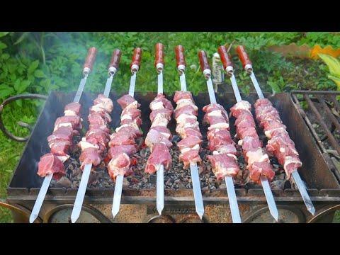 ШАШЛЫК из БАРАНИНЫ. Как разделать, как замариновать и приготовить мясо правильно. ENG SUB