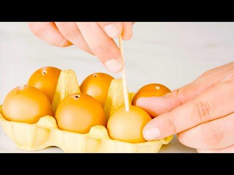 Poke 6 Eggs With A Wooden Skewer & Freeze Them – You Won't Believe Your Eyes!