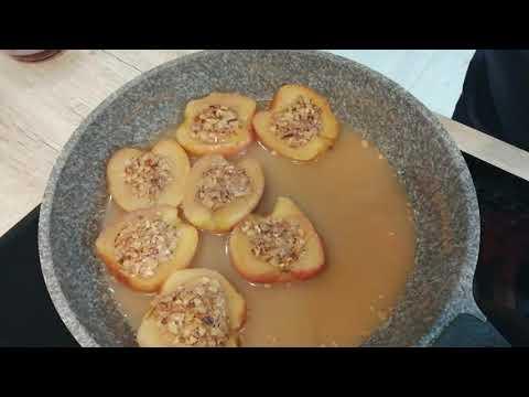Ароматные медово-ореховые яблоки. Fragrant honey and nut apples.