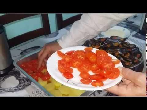 """Жизнь в Тоскане. Рецепт от моего мужа """" Мидии запеченные с картофелем и помидорами"""" ."""