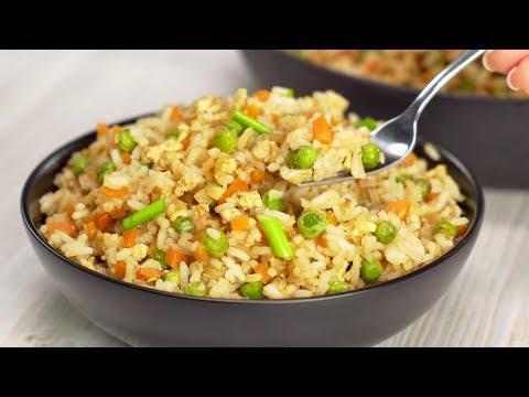 Отличный гарнир или полноценное блюдо. Жареный рис с яйцом и овощами. Рецепт от Всегда Вкусно!